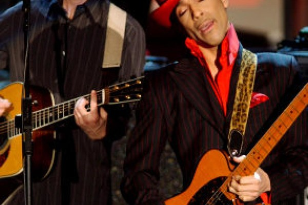 While my guitar gently weeps – George Harrison Tribute feat. PRINCE